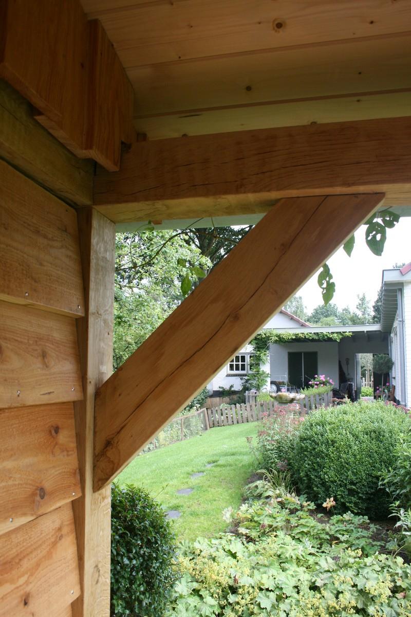 Authentiek eiken en lariks houten tuinhuis, bijgebouw, overkapping ...
