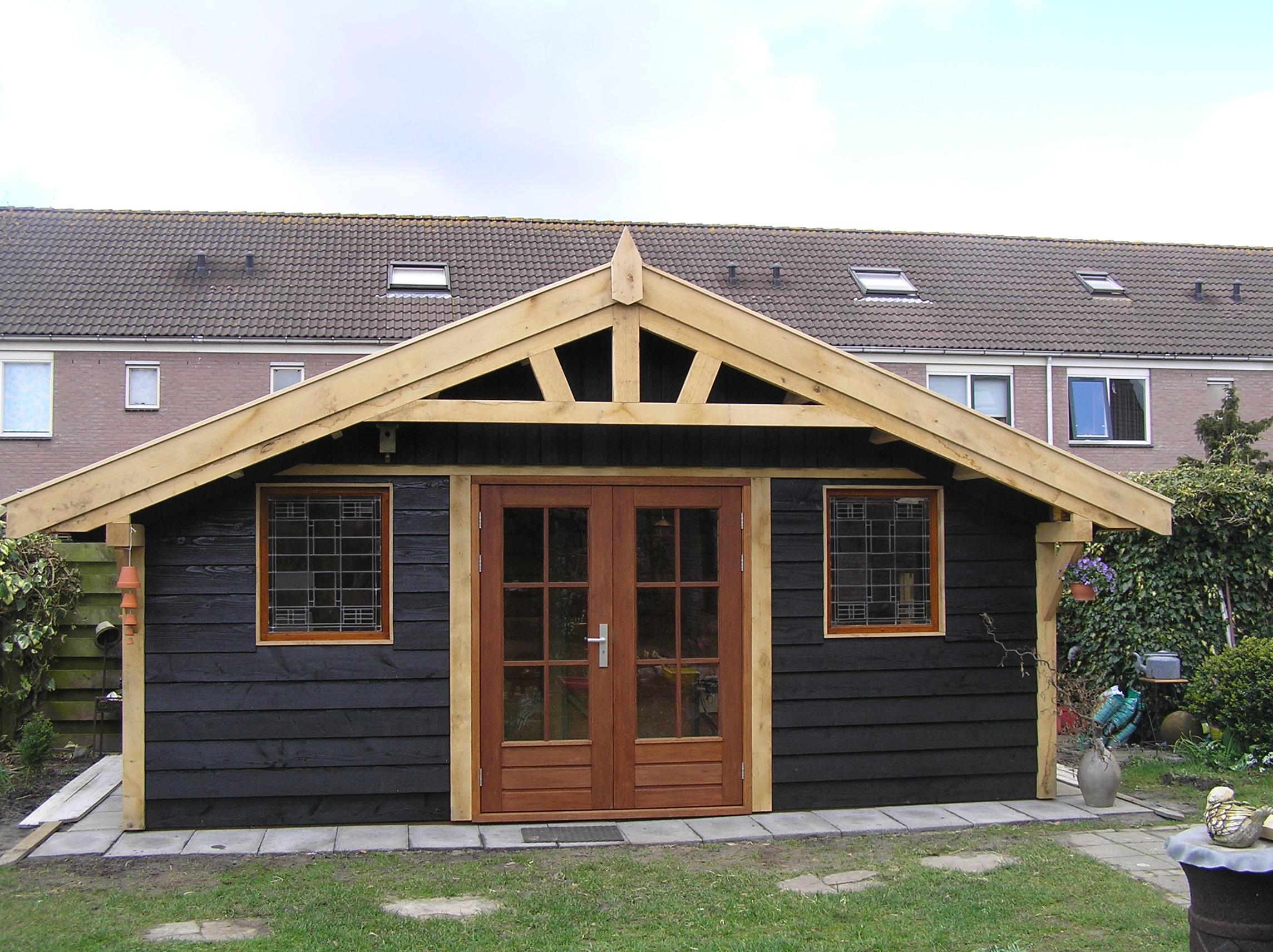 houten tuinpaviljoen