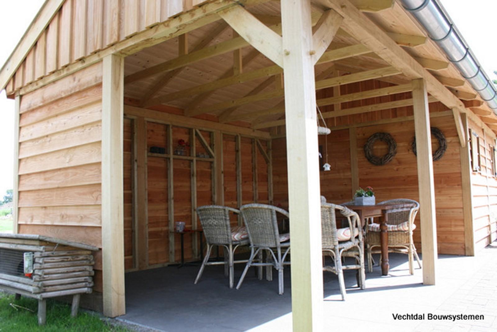 exclusief_tuinhuis_4 - Geniet dit voorjaar optimaal van het gezonde buitenleven met een stijlvolle houten tuinhuis.