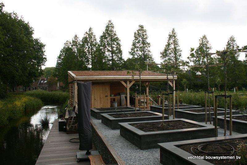 houten_overkapping_met_Groendak_(11) - Foto's eindresultaat houten overkapping met berging te Rotterdam.