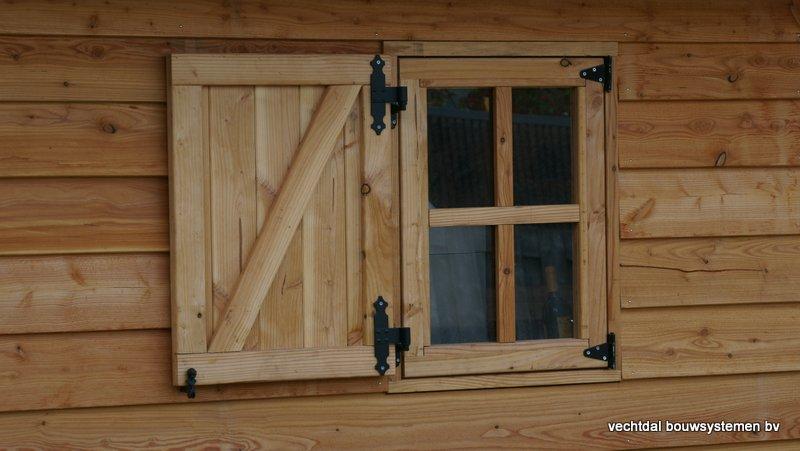 Houten_Atelier__(3) - Landelijk houten Atelier geplaatst in Den Haag.