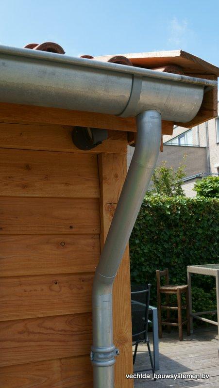 Houten_Atelier__(5) - Landelijk houten Atelier geplaatst in Den Haag.