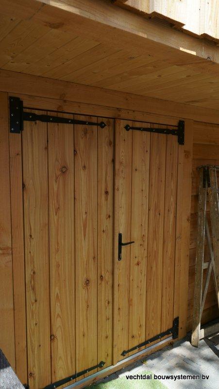 Houten_Atelier__(6) - Landelijk houten Atelier geplaatst in Den Haag.