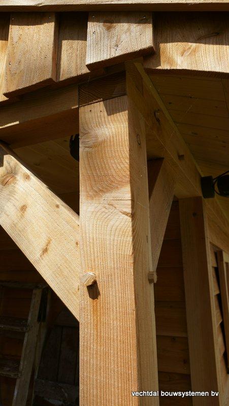 Houten_Atelier__(7) - Landelijk houten Atelier geplaatst in Den Haag.