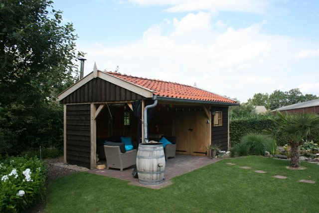 houten_tuinkamer__(3) - Nostalgisch tuinhuis met tuinkamer in Neede.