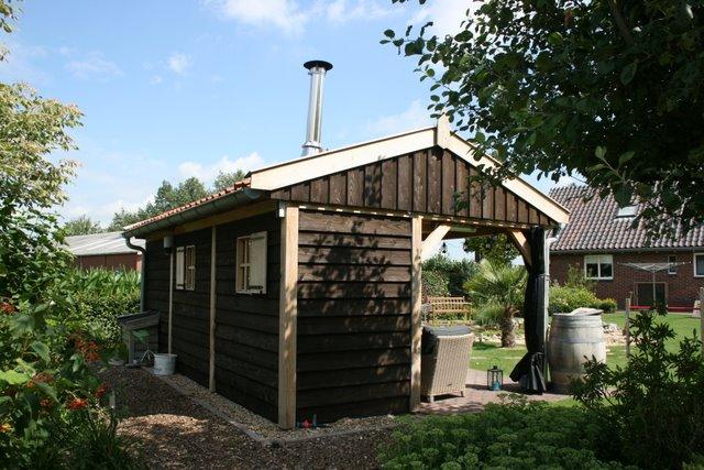 houten_tuinkamer__(5) - Nostalgisch tuinhuis met tuinkamer in Neede.