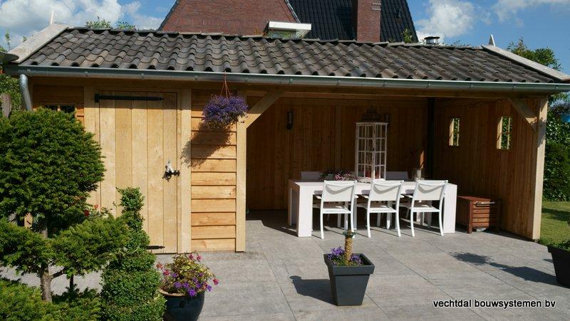 Eiken_houten_tuinhuis_met_veranda_(10) - Authentiek eikenhouten tuinhuis met veranda geleverd en gemonteerd in Utrecht.