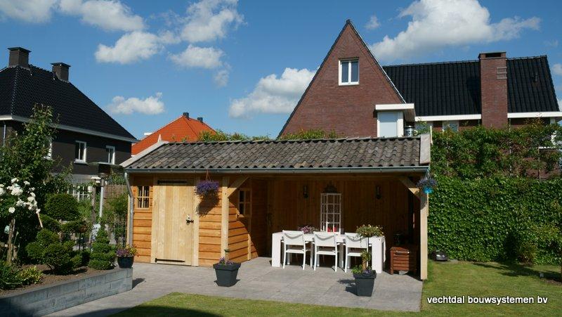 Eiken_houten_tuinhuis_met_veranda_(27) - Authentiek eikenhouten tuinhuis met veranda geleverd en gemonteerd in Utrecht.