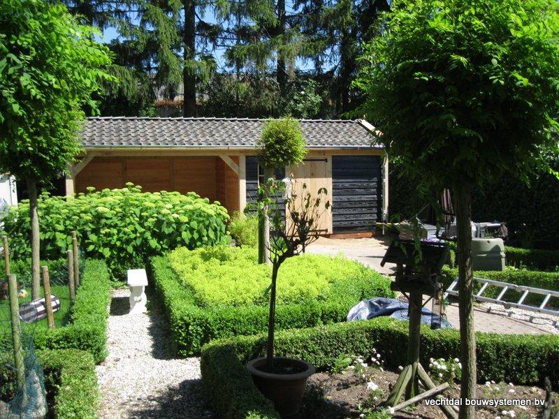 06-IMG_2313 - Nostalgisch eikenhouten tuinhuis met overkapping opgeleverd in Wijhe.