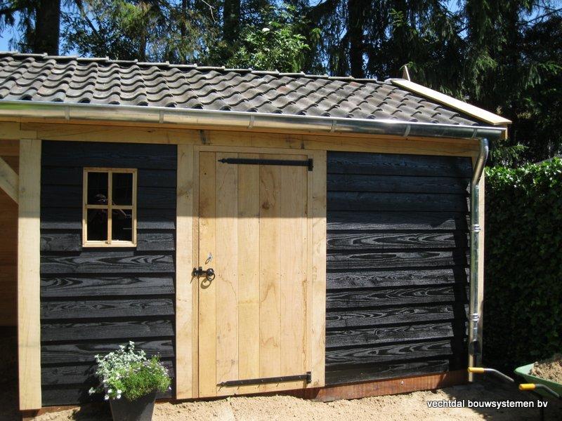 07-IMG_2314 - Nostalgisch eikenhouten tuinhuis met overkapping opgeleverd in Wijhe.