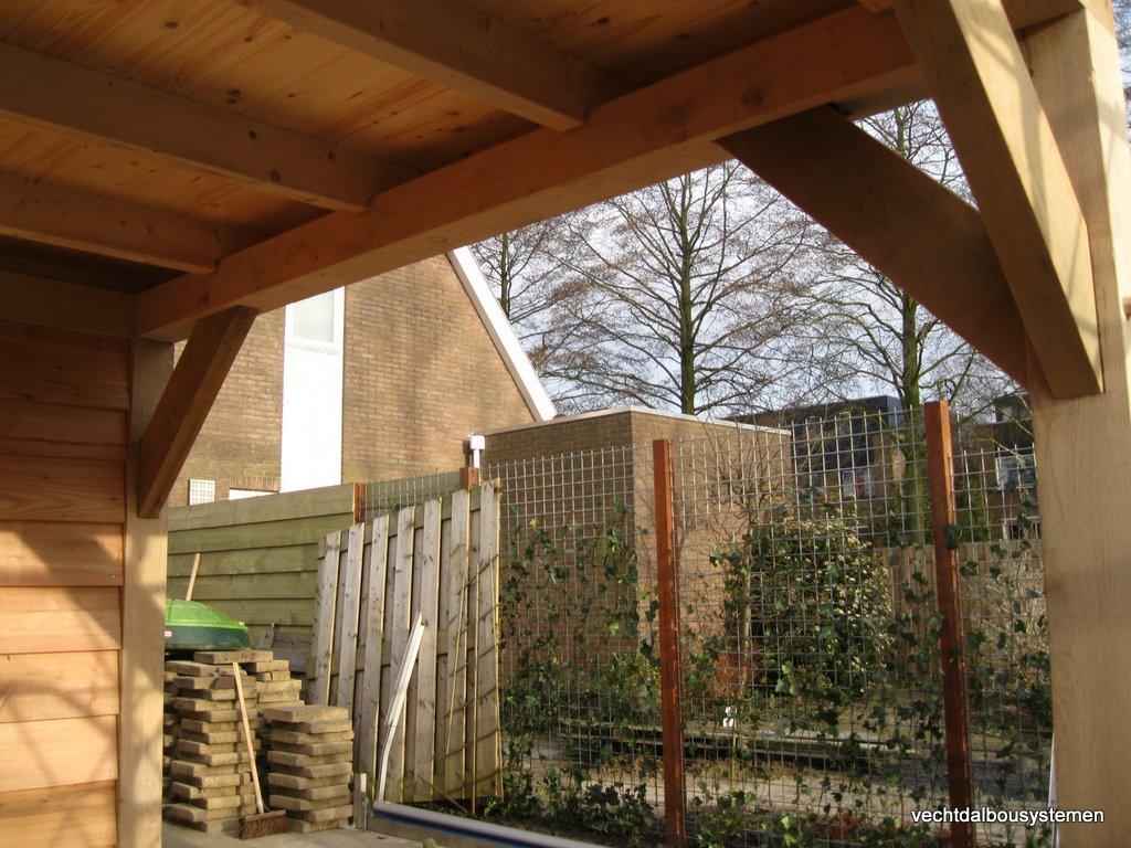 Tuinhuis_met_platdak_(13) - Houten tuinhuis met luifel opgeleverd in Woerden.