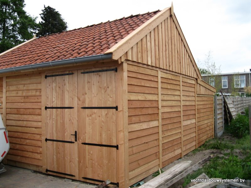 3-Houten_garage_met_veranda_(3) - Houten garage met veranda opgeleverd in Almelo