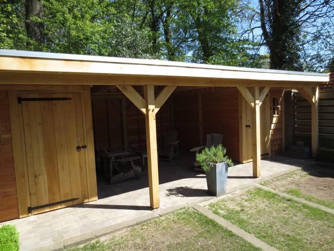 10_houten_tuinhuis_met_groendak - Subsidie op groendak. Bijgebouwen/tuinhuizen/overkappingen of landelijke schuren.