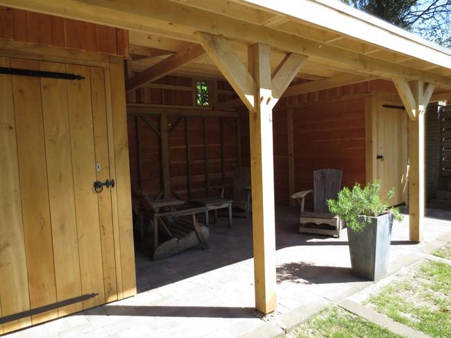 11_houten_veranda_met_groendak - Subsidie op groendak. Bijgebouwen/tuinhuizen/overkappingen of landelijke schuren.
