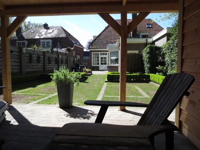 27_Ambachtelijk_houten_tuinhuis - Houten bijgebouw gemaakt van geselecteerd eerste klas eiken.