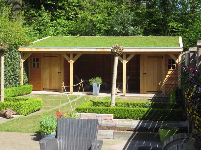 7_houten_tuinhuis_met_groendak - Houten bijgebouw gemaakt van geselecteerd eerste klas eiken.