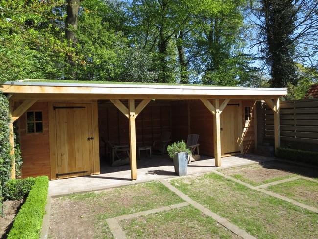 9_houten_tuinhuis_met_groendak - Unieke eikenhouten bijgebouw met groendak opgeleverd!