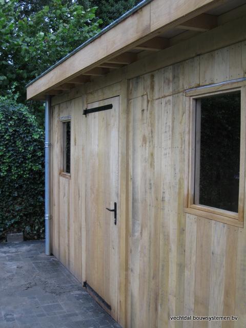 Eikenhouten_bijgebouw_met_sauna_(17) - Eikenhouten bijgebouw met veranda en sauna.
