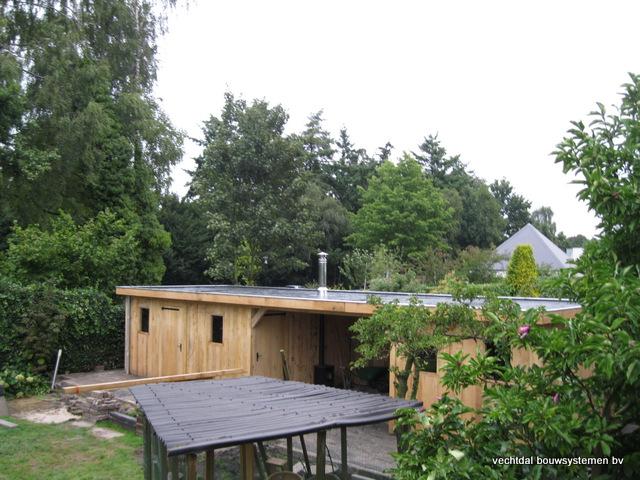 Eikenhouten_bijgebouw_met_sauna_(23) - Eikenhouten bijgebouw met veranda en sauna.