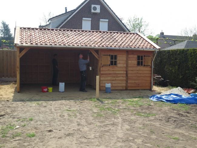 eiken_houten_tuinhuis_12 - Luxe eikenhouten tuinhuis met veranda gemonteerd in Limburg.