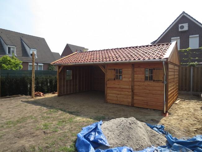 eiken_houten_tuinhuis_25 - Luxe eikenhouten tuinhuis met veranda gemonteerd in Limburg.