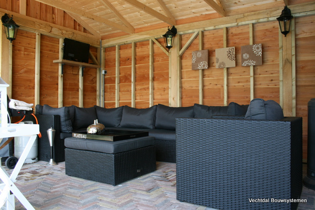 eikenhouten_bijgebouw_(8) - Eikenhouten bijgebouwen geheel op maat gemaakt.