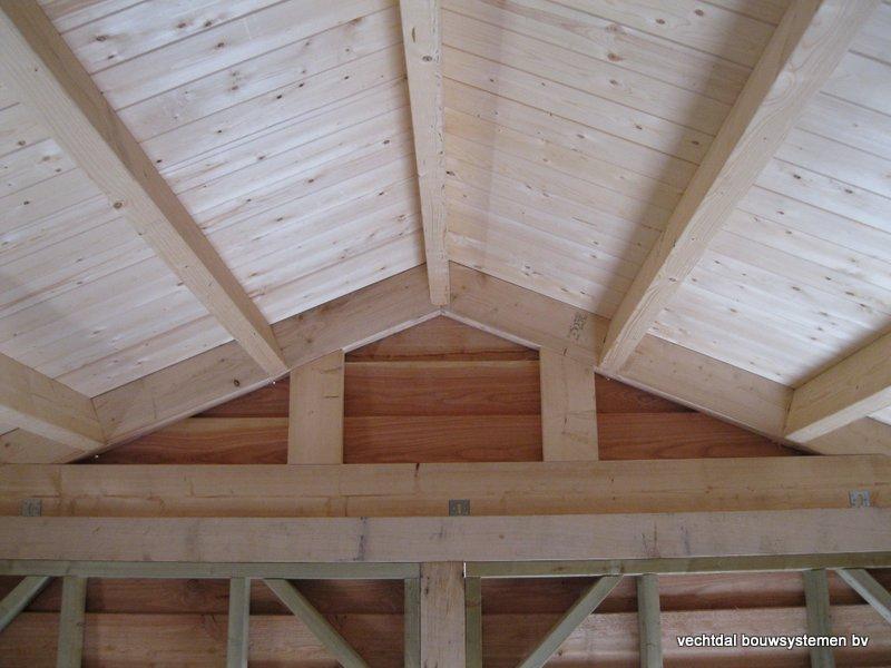 houten_tuinhuis_met_veranda_breskens_(11) - Stijlvolle eikenhouten tuinhuis met veranda geplaatst in Breskens (Zeeland).