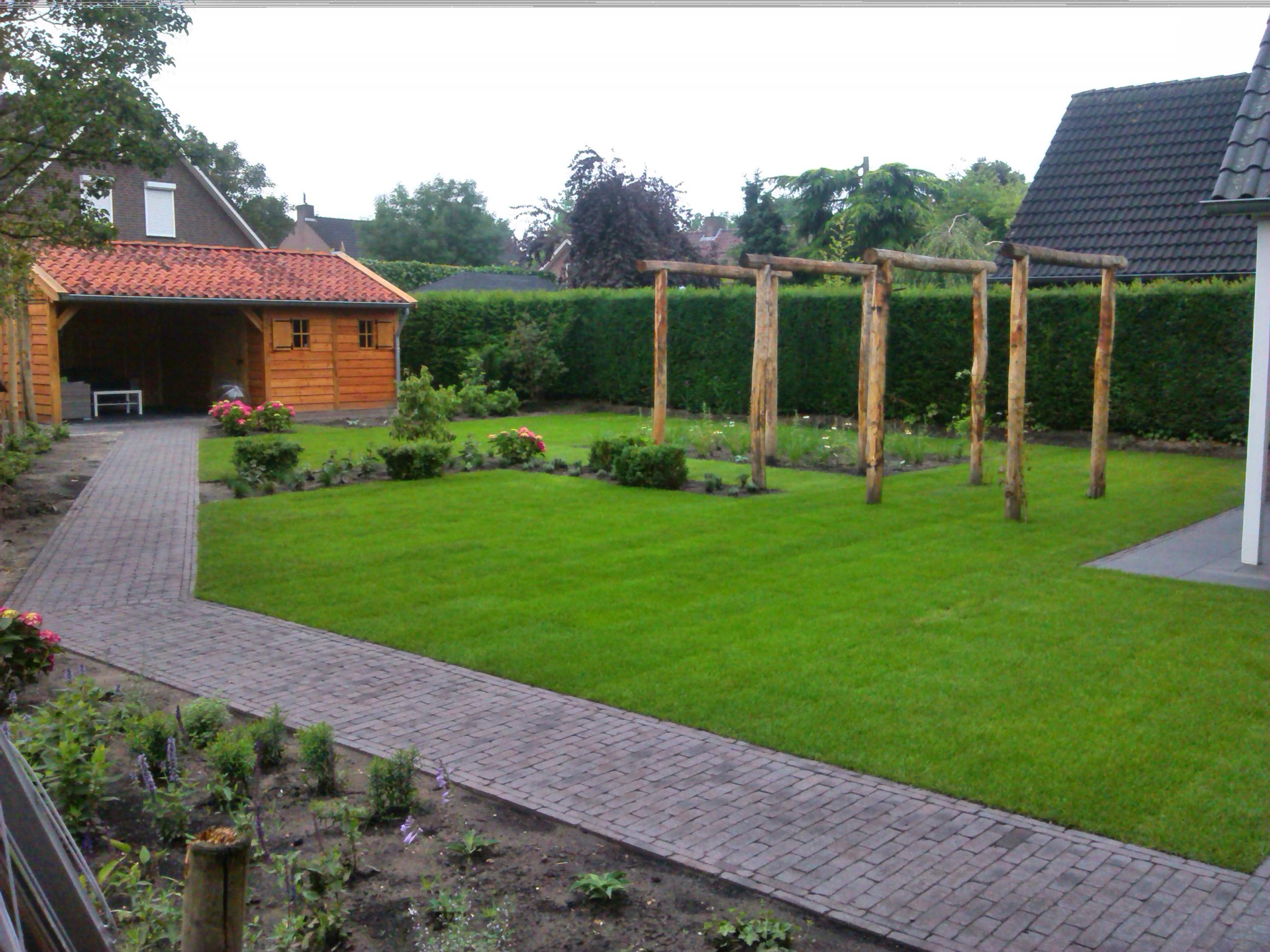 landelijke_tuinhuis_met_veranda - Foto impressie eikenhouten bijgebouw opgeleverd in Limburg (NL).