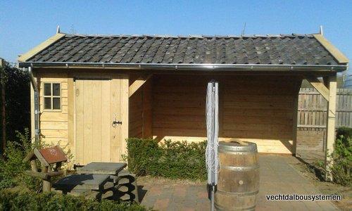 5-Houten_tuinkamer_met_veranda_(5) - Houten tuinkamer met veranda opgeleverd