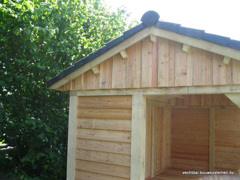 6-IMG_2240 - Robuust eikenhouten tuinhuis met veranda geplaatst in Ommen.