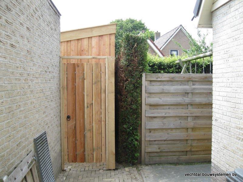 houten_berging_met_overkapping_(3) - Stijlvolle eikenhouten berging met overkapping geplaatst in Ruinerwold.