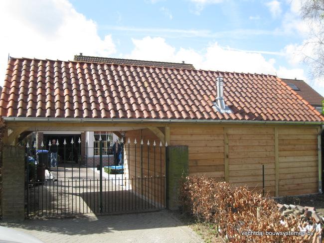 05-IMG_2763 - Stijlvolle eikenhouten tuinkamer met overkapping geplaatst in Sluiskil.