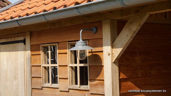 houten_tuinhuis_(11) - Landelijke houten tuinhuis met veranda opgeleverd in Markelo.