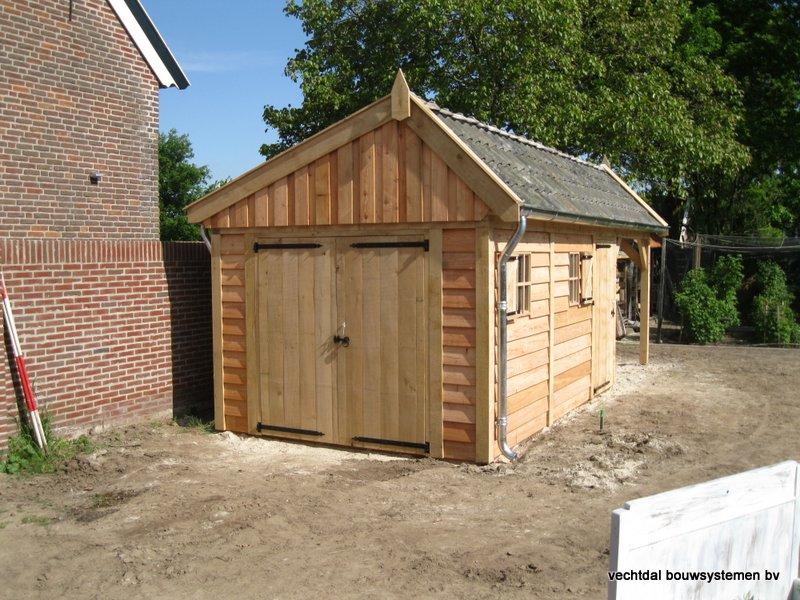houten_kapschuur_met_overkapping_(6) - Stijlvolle houten kapschuur met overkapping opgeleverd in Wijchen.