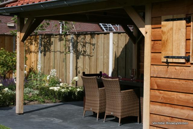 houten-tuinhuis-met-overkapping-6 - Tuinhuis met overkapping Excellent