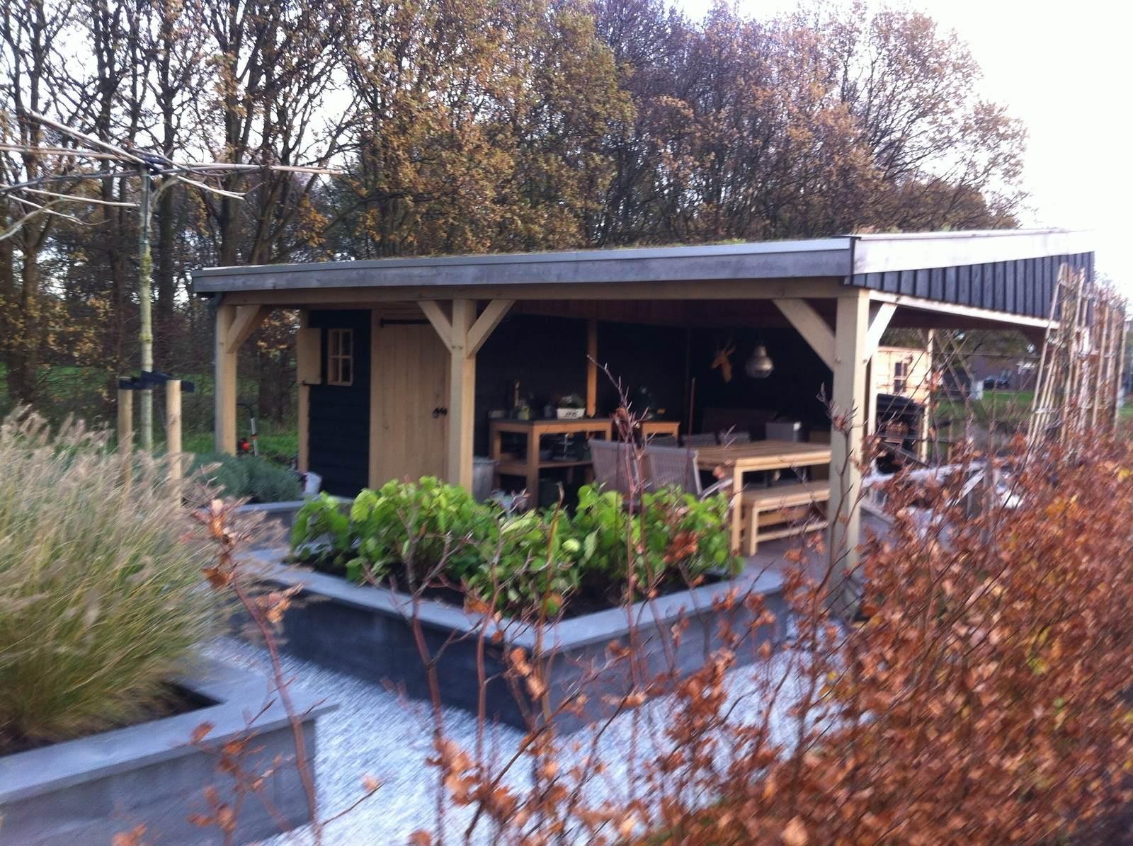 Eiken-tuinhuis-met-overkapping-groendak - Tuinhuis met Groendak