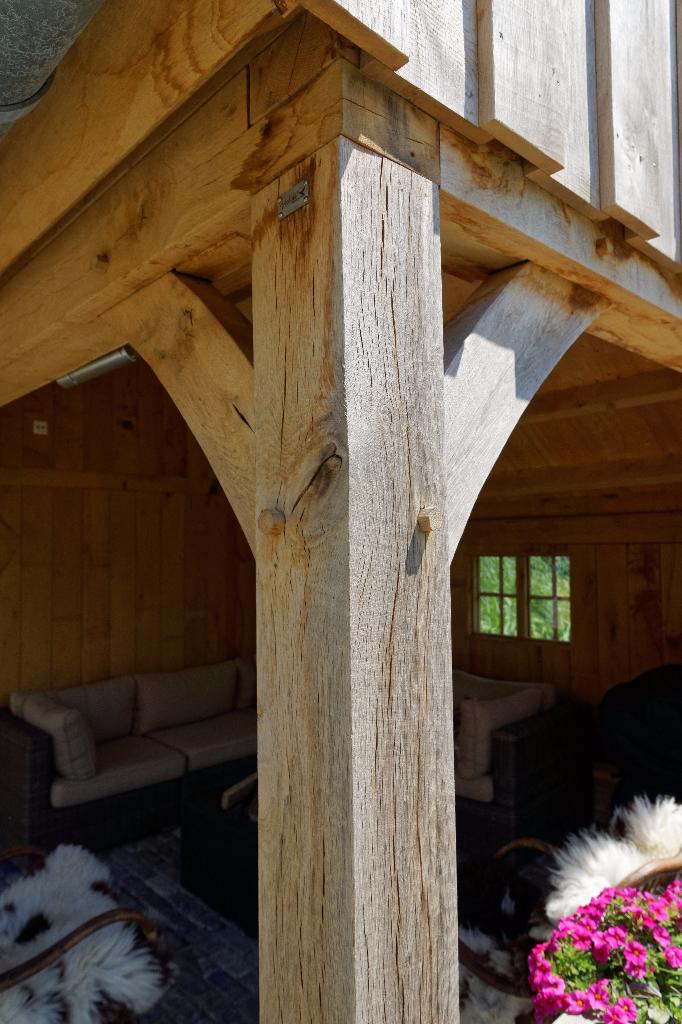 houten-kapschuur-met-tuinkamer - houten garage