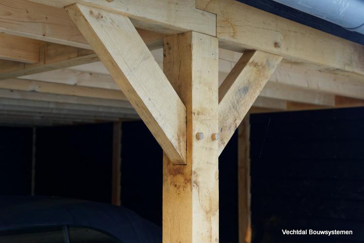 landelijke-schuur-met-carport-6 - Klassiek houten schuur