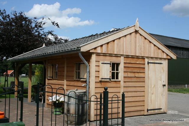 Houten-tuinhuis-met-veranda-2 - Tuinhuis met veranda base