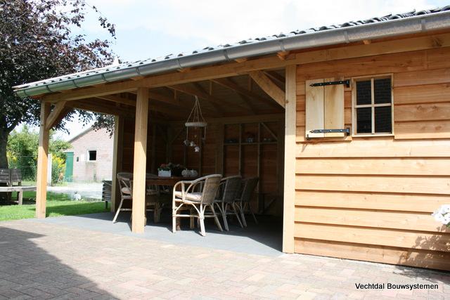 Houten-tuinhuis-met-veranda-4 - Tuinhuis met veranda base