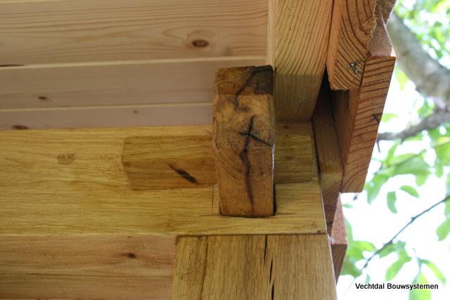 houten-tuinhuis-8 - eiken overkapping
