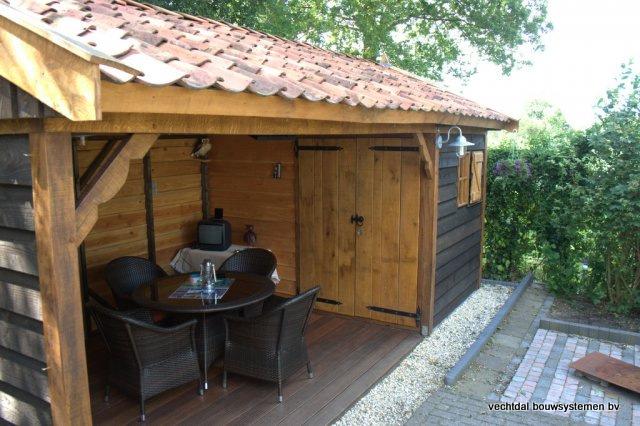 houten-tuinhuis-met-tuinkamer - Tuinhuis met tuinkamer