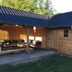 Eikenhouten tuinhuis met tuinkamer hoekmodel.