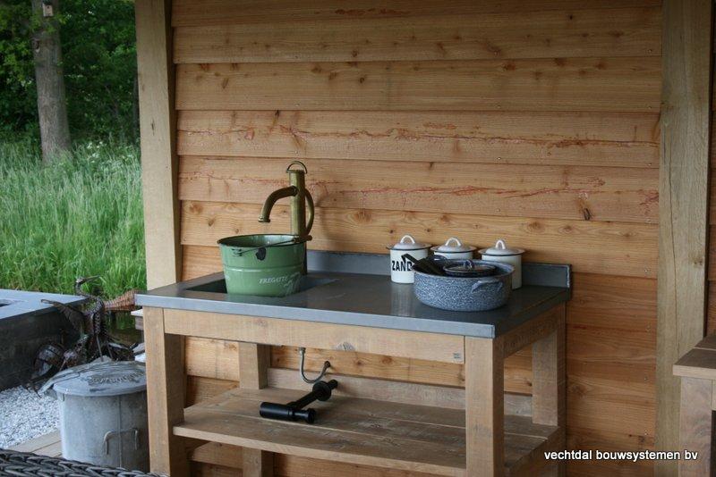 houten-tuinhuis-met-groendak-9 - Project Coevorden: Tuinhuis met Groendak