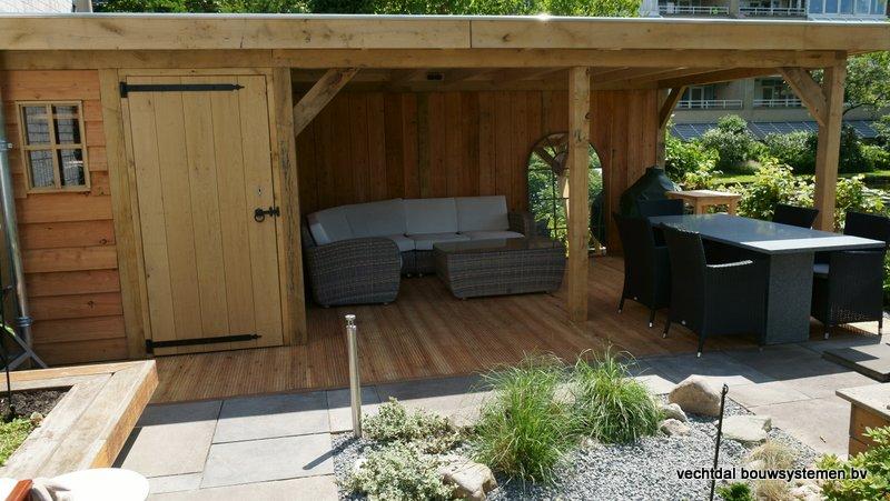 houten-tuinhuis-met-overkapping-platdak-8 - Project: Rotterdam: Houten tuinhuis met overkapping platdak