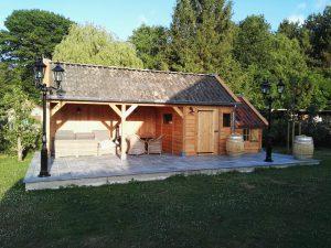 houten-tuinhuis-met-tuinkamer-1-300x225 - Met een houten tuinkamer kunt u optimaal genieten van het gezonde buitenleven.