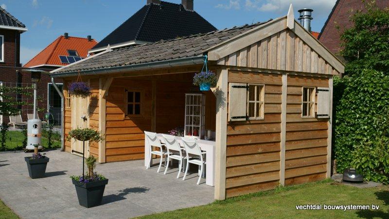 Eiken-houten-tuinhuis-met-veranda-7 - Project Utrecht: houten tuinkamer