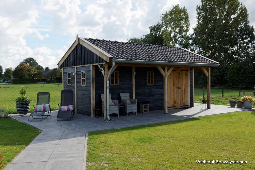 houten-kapschuur-met-luifel-1 - Project Didam: Houten kapschuur met luifel.