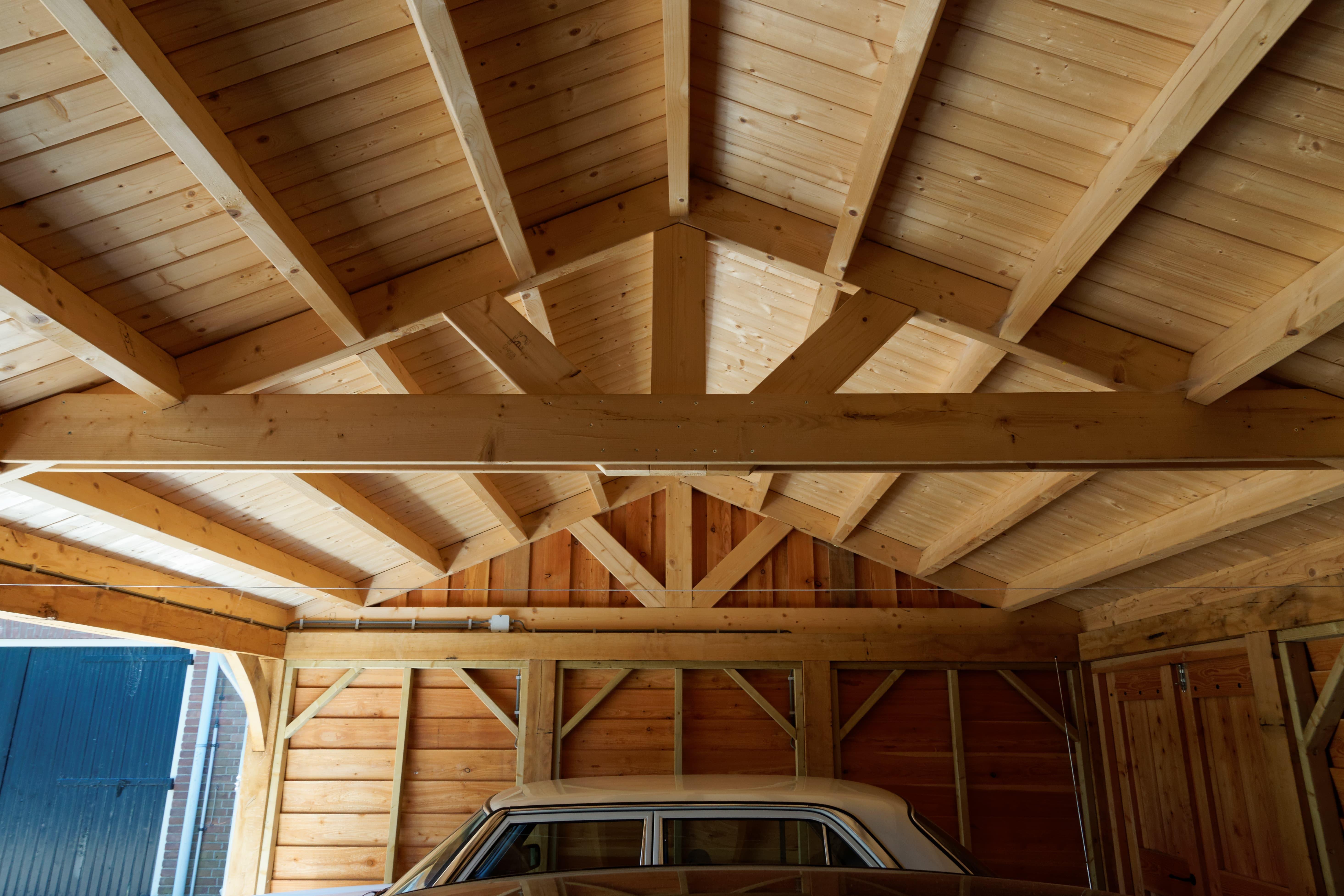 houten-kapschuur-met-overkapping-8-min-2 - Project: Meppel houten kapschuur met carport