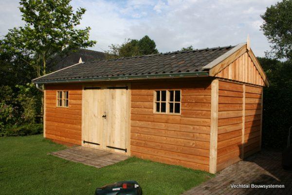 houten-tuinschuur-1-1-600x400 - Stijlvolle tuinschuur met bergruimte